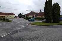 Křižovatka v Lipníku je podle mnohých řidičů až příliš složitá.