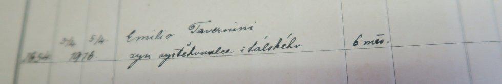 Záznamy z obecních kronik o pobytu italských vysídlenců v obcích na Třebíčsku.