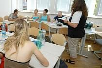 V Česku by se díky evropským dotacím mělo zkvalitnit vzdělávání dospělých.