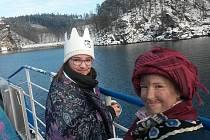 Tříkrálová plavba na Dalešické přehradě.