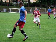 Hrál se svižný fotbal s pohlednými akcemi na obou stranách, ale bez gólového zakončení.