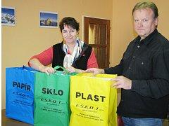Tašky na třídění odpadu.