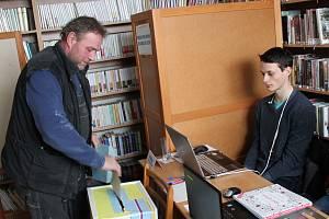 Volby v Ostašově.