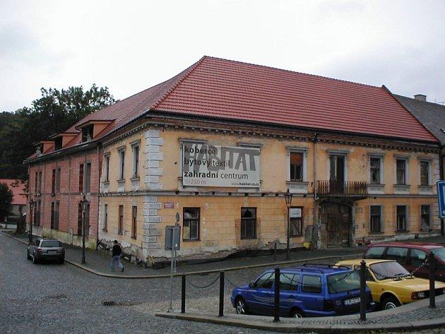 Nedostavěný hotel Schlickbier v Náměšti nad Oslavou.