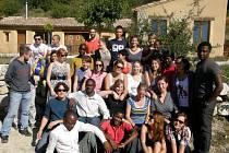 Dobrovolníci budou mapovat u počítače i v terénu a učit afričany zacházet s GPSkami.