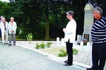 Památník v Kojeticích