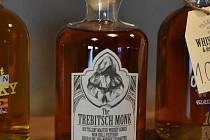 Firma v židovské čtvrti v Třebíči provozuje bar. Momentálně funguje pouze jako obchod s whisky.