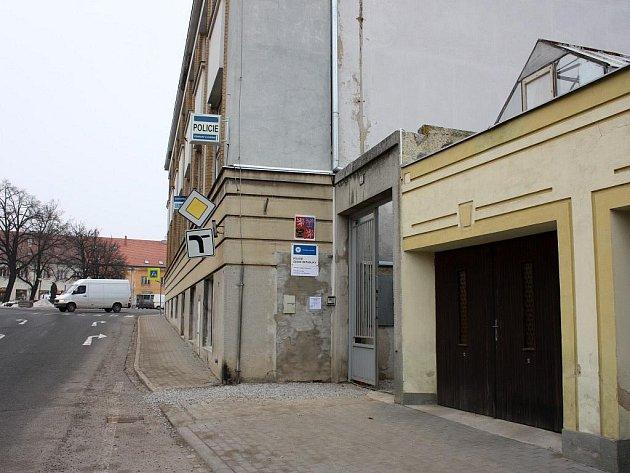 Ve čtyřtisícových Jaroměřicích začala oficiálně fungovat nová policejní stanice, a to v přízemí radnice.