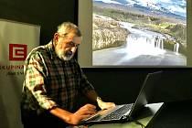 Zajímavé povídání s projekcí fotografií si přišlo poslechnout na 60 zájemců o cestování drsnou i panenskou přírodou ostrova Island.