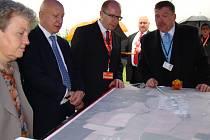 Dukovany: Lokalitu pro nové bloky si prohlédl premiér Bohuslav Sobotka