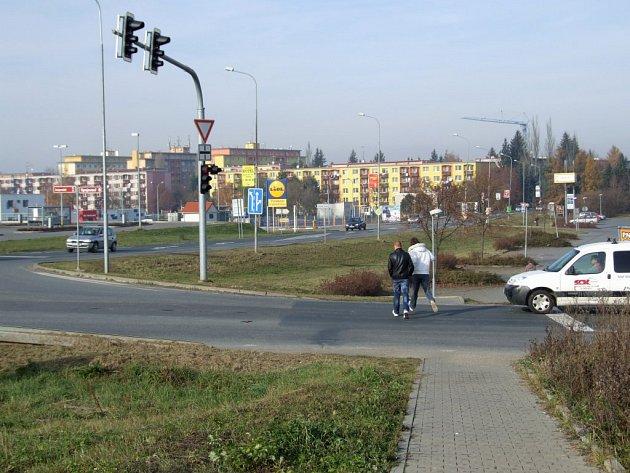 Jedno z kritických míst v Třebíči. Úprava závisí na dohodě několika stran.
