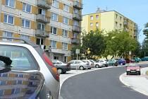 Nové parkoviště kapacitu sídliště rozšíří o čtyřicet parkovacích míst.