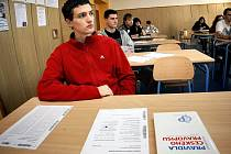 V pondělí 11. října se na středních školách konala generální zkouška státních maturit.
