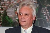 Do funkce ředitele ZUŠ Třebíč jmenovala v úterý rada města Třebíče nového ředitele. Bude jím od 1. ledna příštího roku Jiří Suchánek.