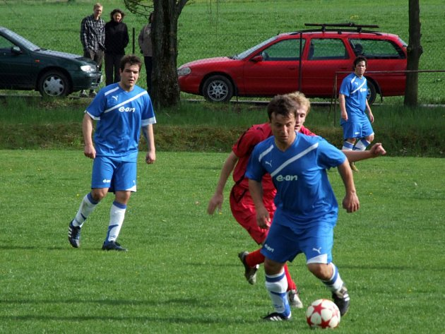 Chlístov porazil doma Výčapy 2:0.