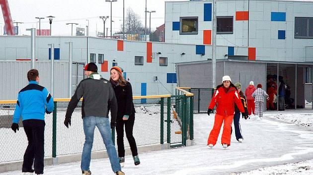 Ledová dráha na stadionu Na Hvězdě.