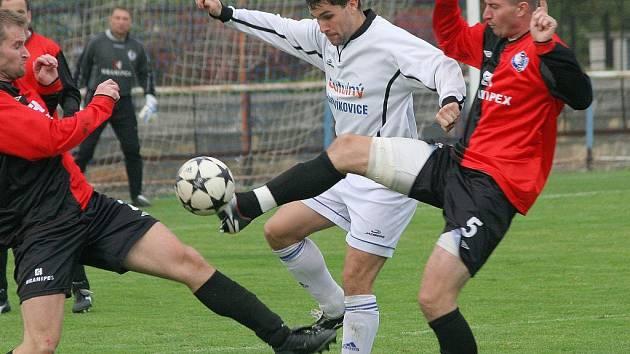 Střelec se prosadil. Hartvíkovickému útočníkovi  Miloši Neumannovi střelecký prach přes zimu nezvlhl. Prosadil se v prvním připravovaném zápase.