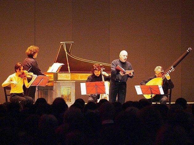 Třebíčskému publiku se při jednom z koncertů letošního festivalu Concentus Moraviae předvedou italští hudebníci Marco Beasley a soubor Accordone pod vedením Guida Moriniho.