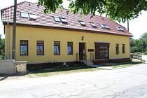 Čtyři zcela nové bytové jednotky zkolaudovali minulý týden v Kralicích.