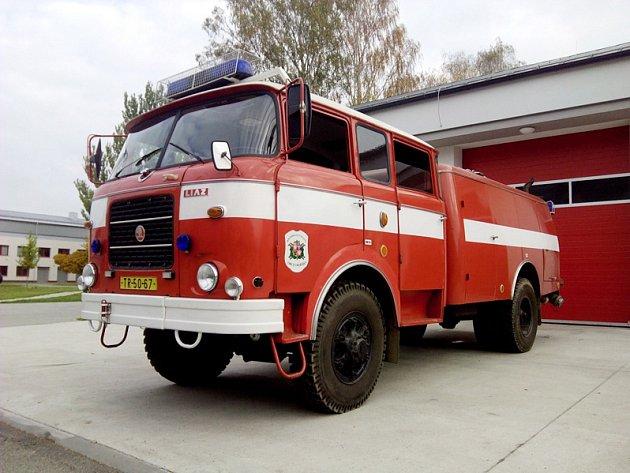 Hasičský speciál z roku 1979 Škoda Liaz 706 RTHP CAS 25/3500/200 M2R.