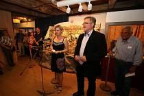 Vernisáže se kromě delegace z třebíčského muzea vedené ředitelem Jaroslavem Martínkem, zúčastnil velvyslanecký rada Jiří Tomeš, radní Vösendorfu Herwig Pokorny a jednatel společnosti Volkskultur Edgar Niemeczek.