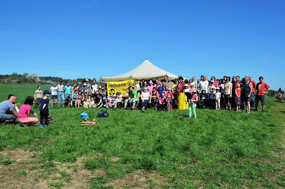 Den proti úložišti jaderného pochodu v lokalitě Horka.