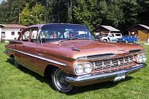 Setkání majitelů a příznivců automobilů General Motors, Chrysler a Ford se bude konat v poušovském autokempu.