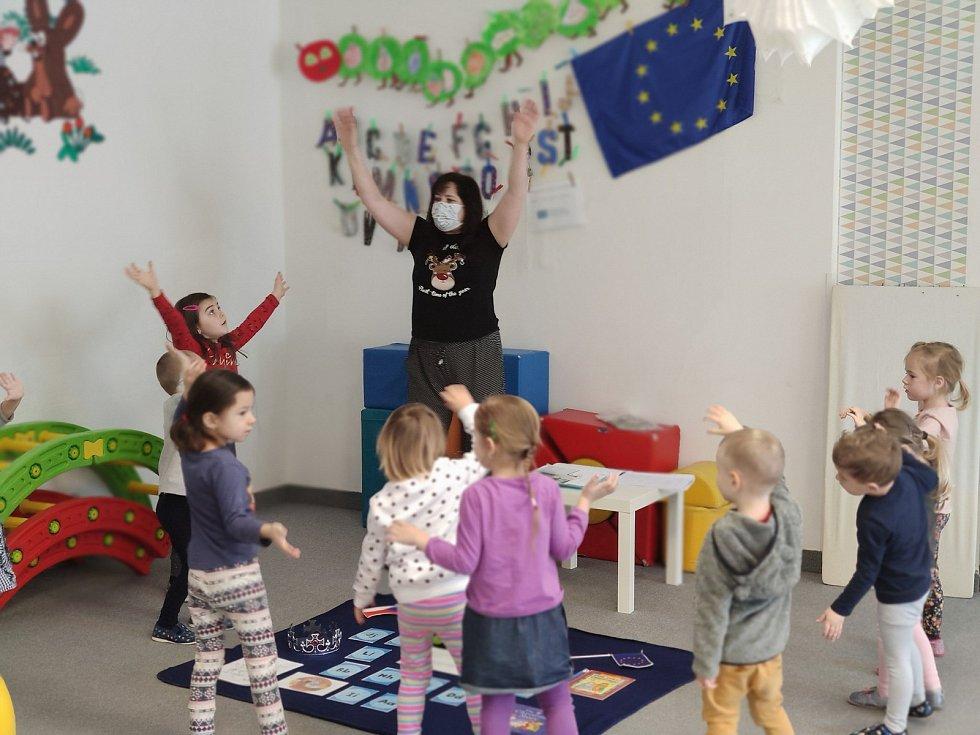 Česko-anglická školka funguje v třebíčské Borovině.