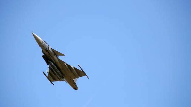 Mezinárodní cvičení Ample Strike, které je zaměřené na sladění předsunutých leteckých návodčí s osádkami letounů a veliteli na zemi v těchto dnech končí.