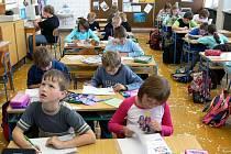 Počet asistentů pedagogů v základních školách na Vysočině se zvýšil.