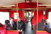 Na Velký pátek začal pravidelný víkendový provoz na trati z Jemnice do Moravských Budějovic. Návrat vlaků Jemničtí slavili jízdami v unikátních historických vozech z roku 1913.