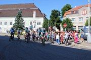 Cykloběh za Českou republiku bez drog měl ve čtvrtek dopoledne zastávku v Moravských Budějovicích.