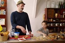 Oblíbenost pekařské dílny kuchaře Michala Hromase se potvrdila i při letošních oslavách Purimu.
