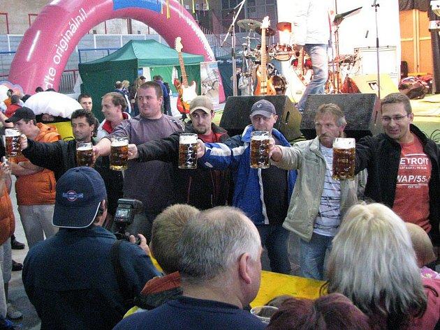 Do Třebíče se již pošestnácté lidé sjeli na Třebíčské slavnosti piva. Mohli ochutnat piva nejen známých a velkých pivovarů, ale i těch menších arodinných.