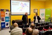 O dokumentu Zajatci i situaci na Ukrajině přijel debatovat Jaromír Štětina.