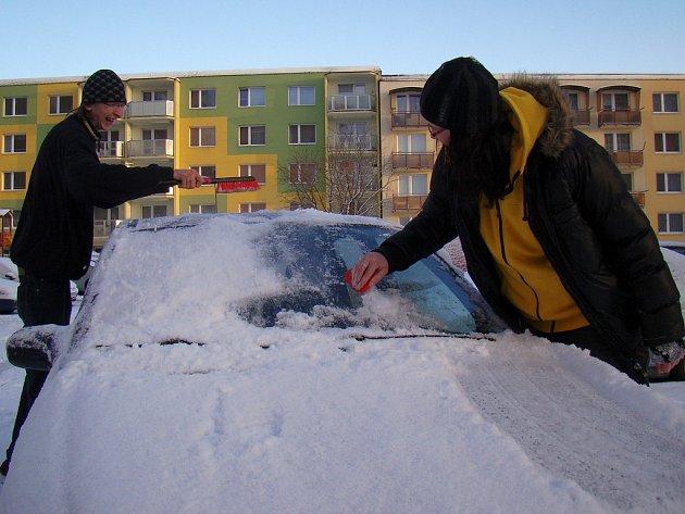 Sníh v ulicích Třebíče.