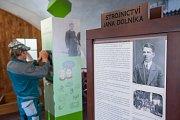 Poslední instalace před otevřením nového muzea v Hrotovicích.