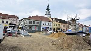 Rekonstrukce třebíčského Karlova náměstí.
