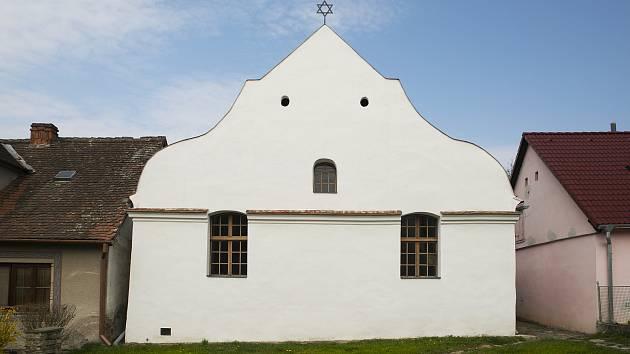 Rekonstrukce synagogy v Polici trvala osm let.