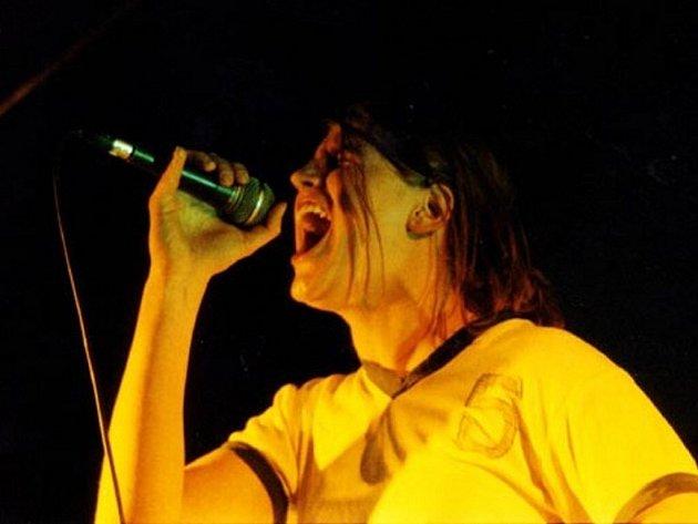 """Už poosmé se sejdou ve Starči místní """"bývalé"""" rockové kapely."""