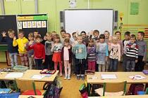 Na fotografii jsou prvňáčci ze ZŠ v Rudíkově, třída paní učitelky Zdeňky Michálkové.  Příště představíme prvňáčky ze Základní školy v Budišově.