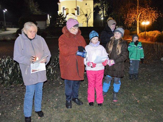 Zpívání koled s Deníkem v Martínkově.