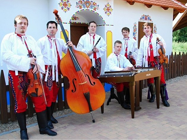 Na sobotním festivalu cimbálových kapel vystoupí i skupina Galán.