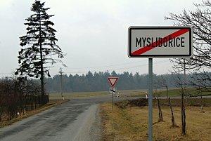 Lokalita Na Skalním vytipovaná pro jaderné úložiště leží na dohled od Myslibořic.