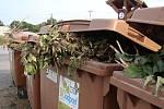 Hnědý kontejner na bioodpad.