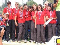 VICEMISTRYNĚ. Ženy ze Sboru dobrovolných hasičů Trnava se mohou pochlubit titulem Vicemistryň republiky v požárním sportu.