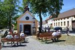Obyvatelé obce Ohrazenice si připomněli místní rodačky a hrdinky, sestry Kovárníkovy.