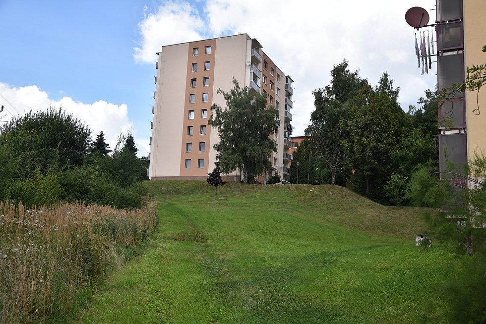 Místa v třebíčské Borovině, kde se mohla pohřešovaná seniorka pohybovat