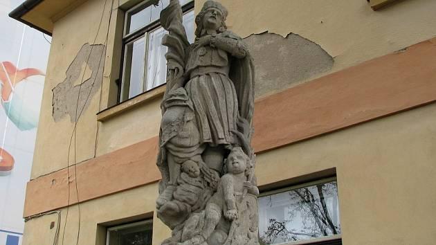 Socha sv. Václava před špitálem.
