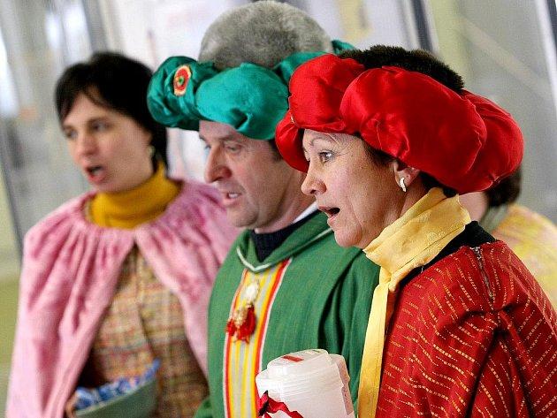 Dukovanskou elektrárnu navštívili tři králové.